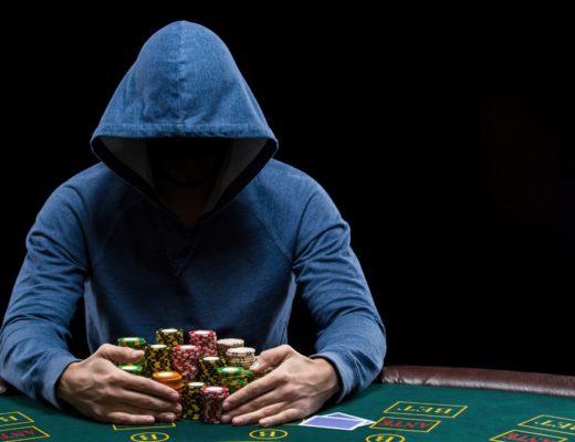 Playing Online Hold Em Poker.